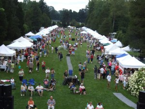 A far shot of the Open Air Market and Festival at the Wadsworth Mansion in Middletown, CT. (2011)