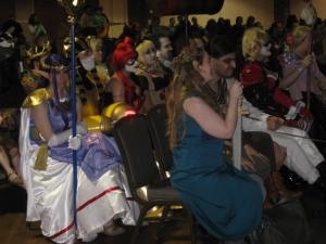 Costume_crowd3
