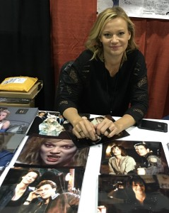 Actress Samantha Mathis.