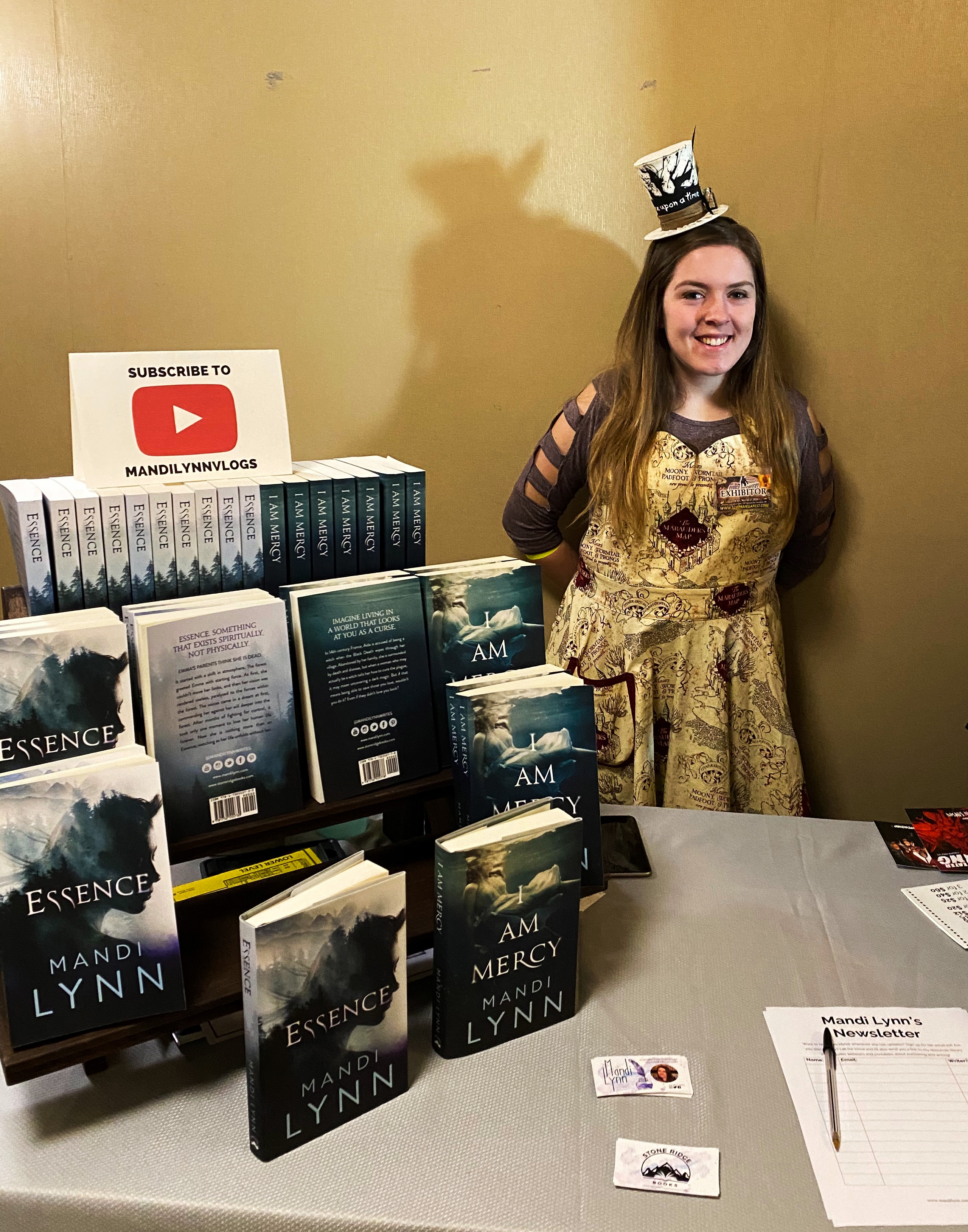 Author Mandi Lynn.